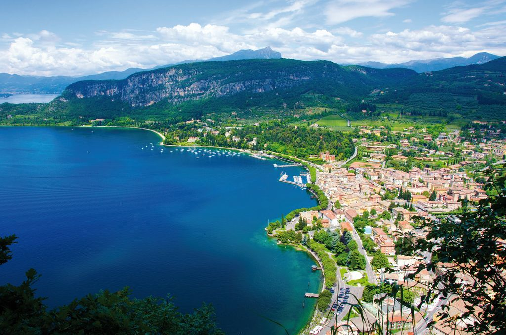 Garda Lake and activities to do around holiday appartment - 3
